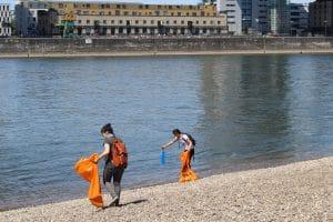 Internationaler Tag der Flüsse: WDC räumt Flussufer in ganz Deutschland auf