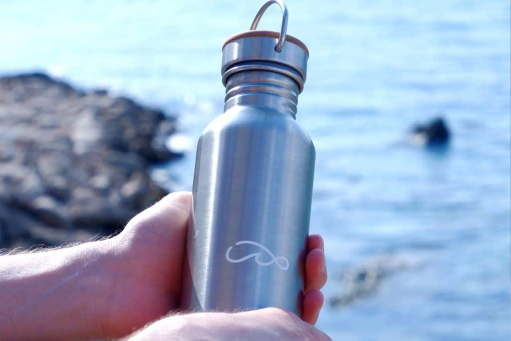 Wavinity Flasche (C) dressgoat